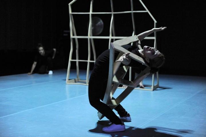 SUGUNGGA – spectacle & ateliers de danse pour enfants – NEUCHÂTEL & WINTERTHUR